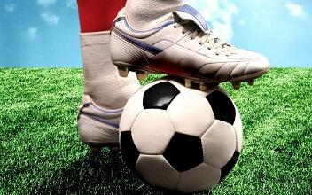 nogomet-lopta-kopačka-min